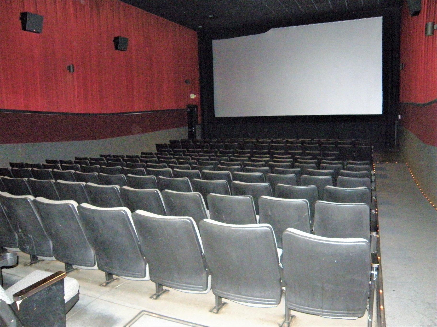 10 screen movie theater  u2013 beloit  wi